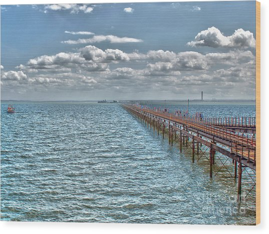 Pier Into The English Channel Wood Print