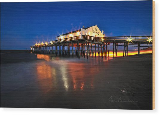 Pier Jewels 7884 Wood Print