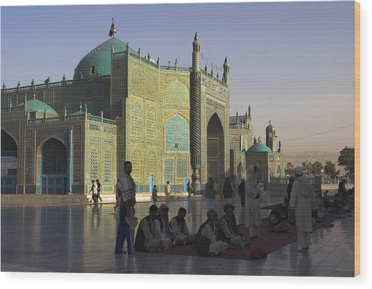 Pilgrims At The Shrine Of Hazrat Ali Wood Print by Jane Sweeney
