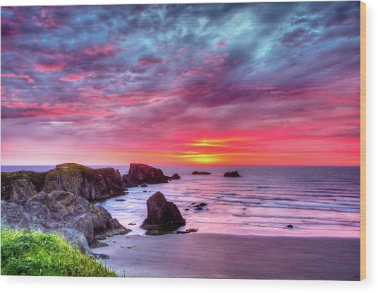 Pink Sunset Bandon Oregon Wood Print
