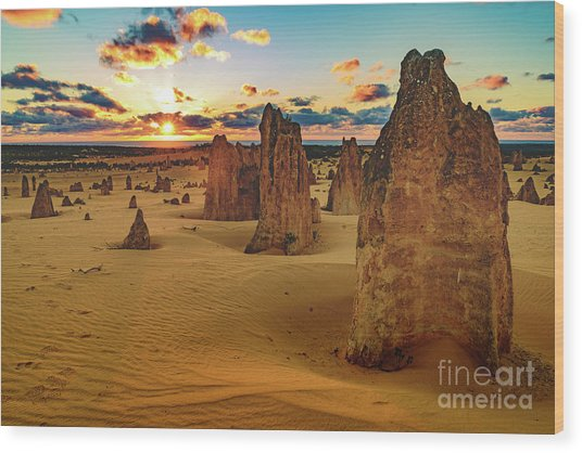 Pinnacles 8 Wood Print