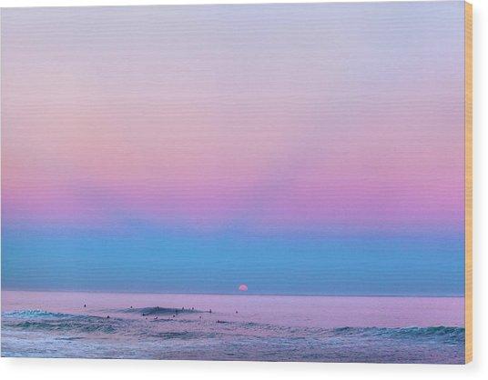Pipe Moonset Wood Print