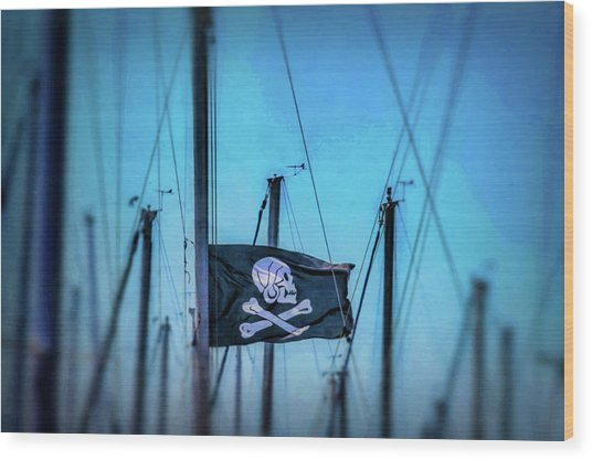Pirate Flag Among Masts Wood Print