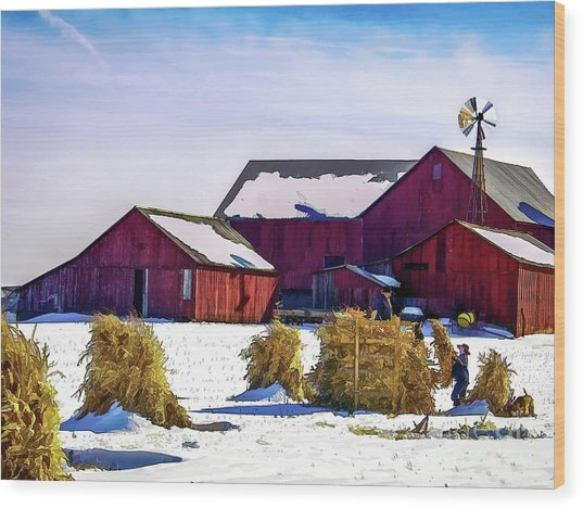 Pitchin Hay Wood Print by Robert Gardner