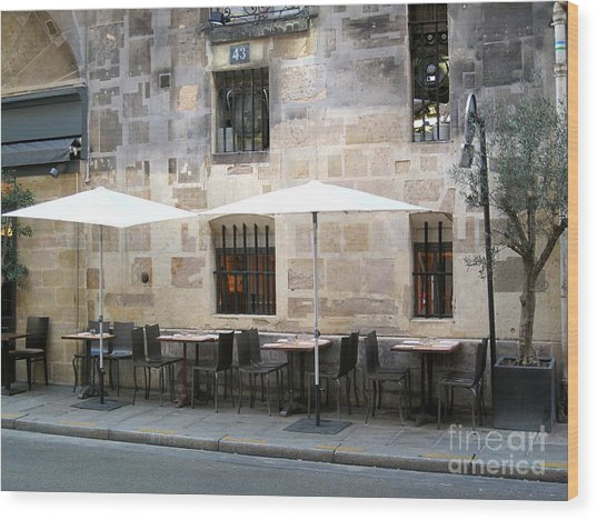 Place Des Victoires Cafe Wood Print by Suzanne Krueger