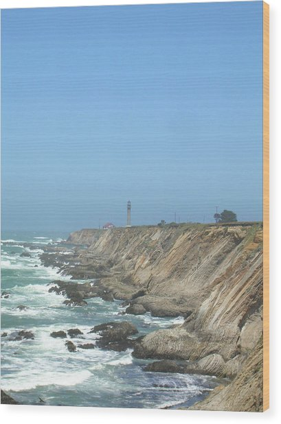 Point Arena Lighthouse - Vertical Wood Print