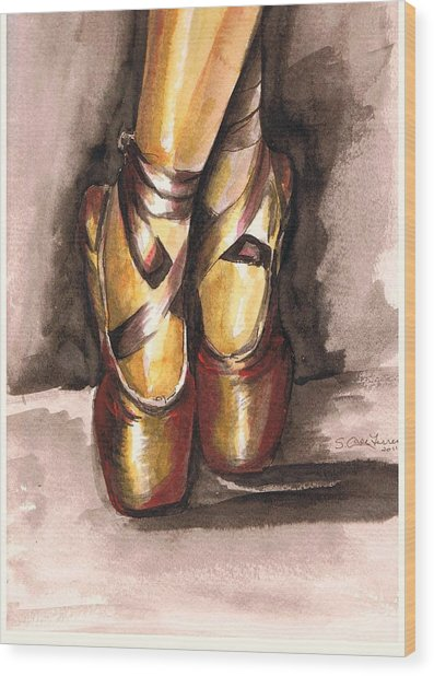 Pointe En Red Wood Print