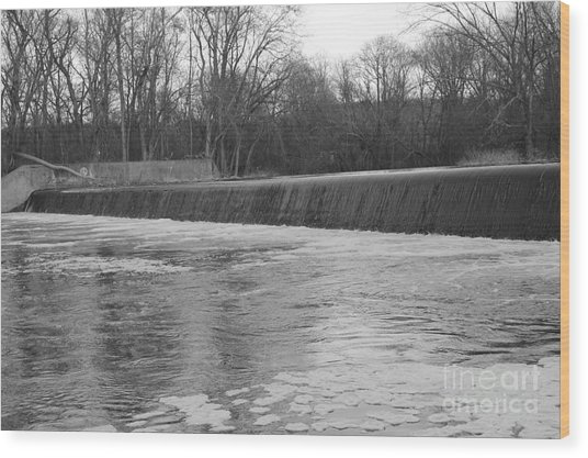 Pompton Spillway In January Wood Print