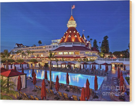 Poolside At The Hotel Del Coronado  Wood Print