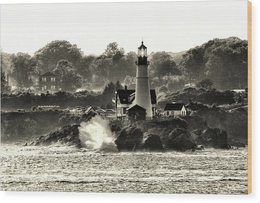 Portland Head Light At Cape Elizabeth In Black And White Wood Print
