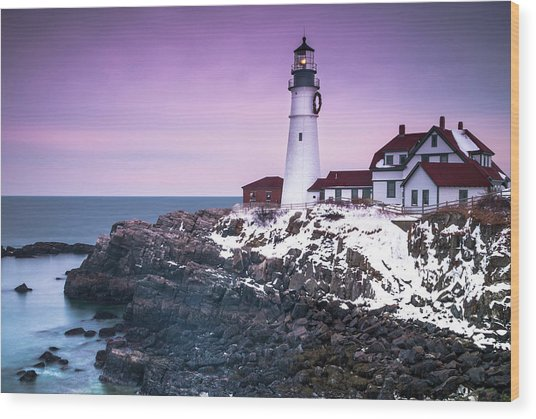 Maine Portland Headlight Lighthouse In Winter Snow Wood Print