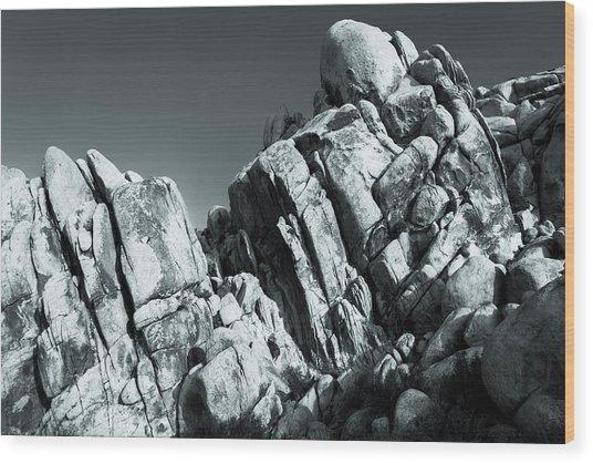 Precious Moment - Juxtaposed Rocks Joshua Tree National Park Wood Print