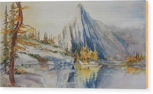Prusik Peak Fall Morning Wood Print by Sukey Watson