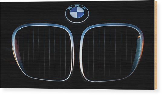 Pure Z3 - Bmw Z3 Grill And Roundel Wood Print