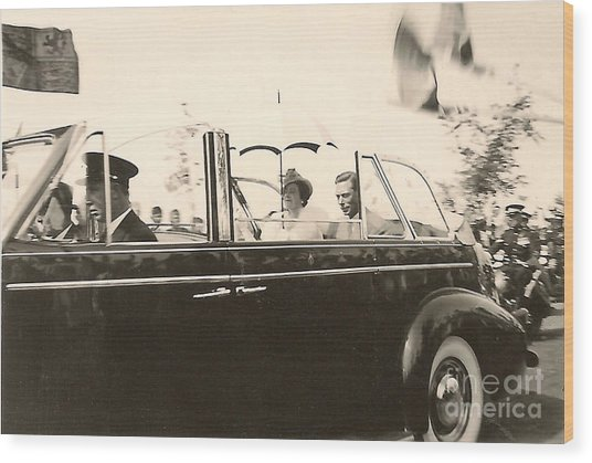 Queen Elizabeth And King George Vi Wood Print