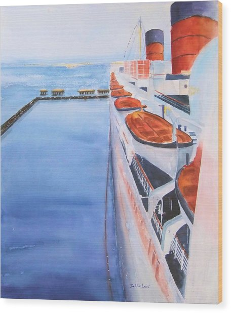 Queen Mary From The Bridge Wood Print