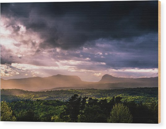 Rain Showers Over Willoughby Gap Wood Print