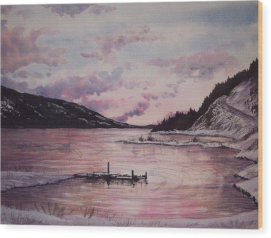 Rainbow Lodge Bay Wood Print