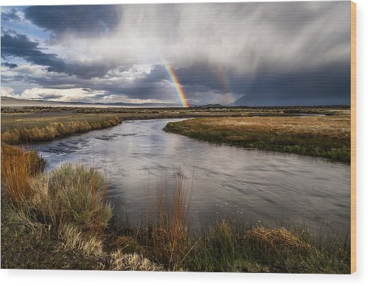 Rainbows At The Upper Owens Wood Print