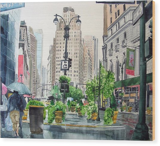 Rainy Day In New York Wood Print
