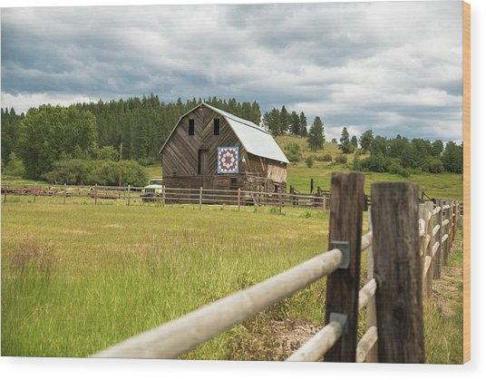 Ranch Fence And Barn With Hex Sign Wood Print