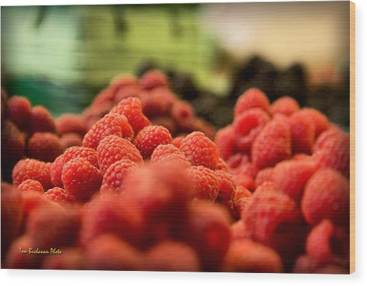 Raspberries At The Market Wood Print