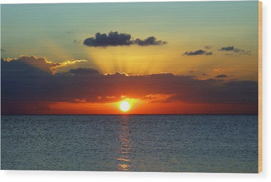 Rays Of Sunset Wood Print