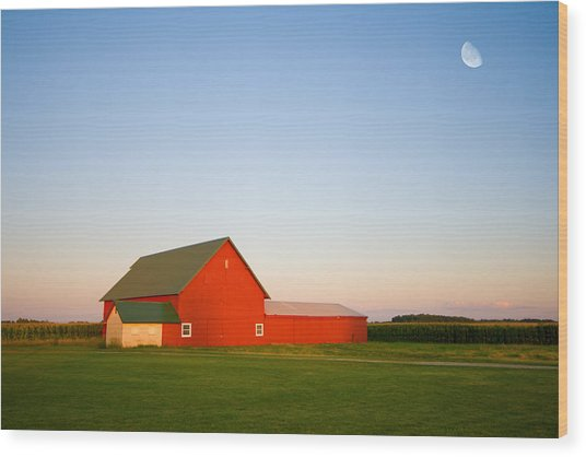 Red Barn And The Moon Wood Print