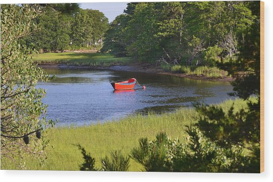 Red Boat On The Herring River Wood Print