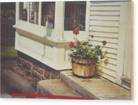 Red Geraniums Wood Print by Marion  Hylton