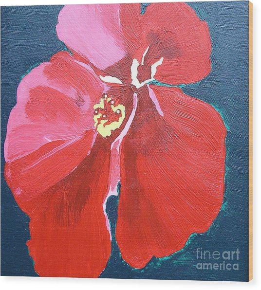 Red Hibiscus On Green Wood Print by Karen Nicholson