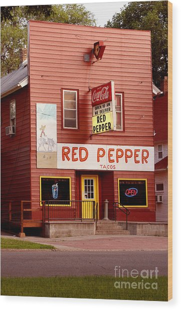 Red Pepper Restaurant Wood Print