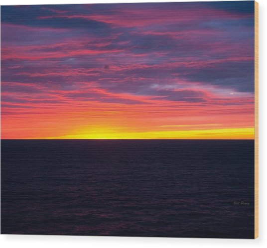 Red Skys In The Morning Wood Print by Bill Perry