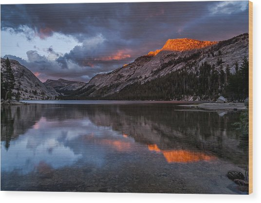 Red Sunset At Tenaya Wood Print