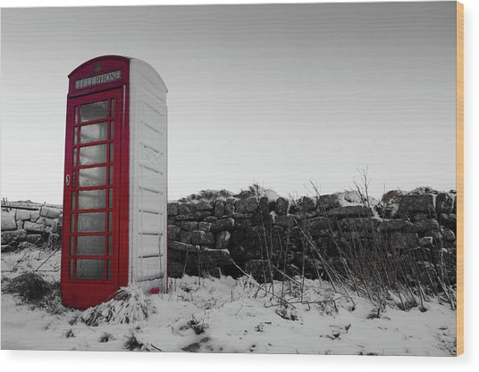 Red Telephone Box In The Snow Vi Wood Print