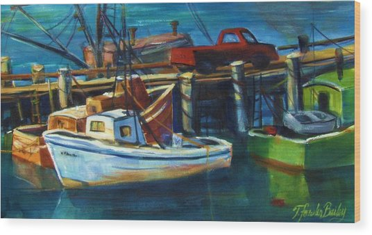 Red Truck On Old Morro Bay Pier Wood Print by Therese Fowler-Bailey
