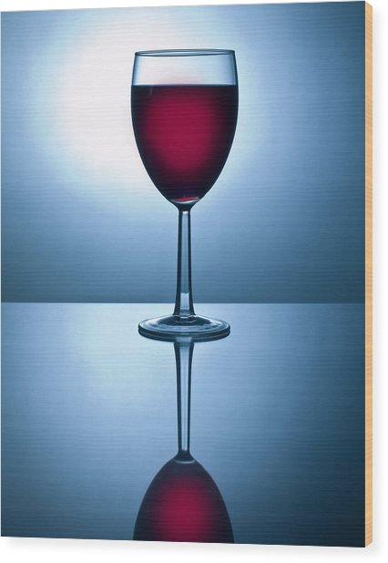 Red Wine With Reflection Wood Print by David Thompson