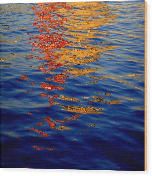 Reflections On Kobe Wood Print