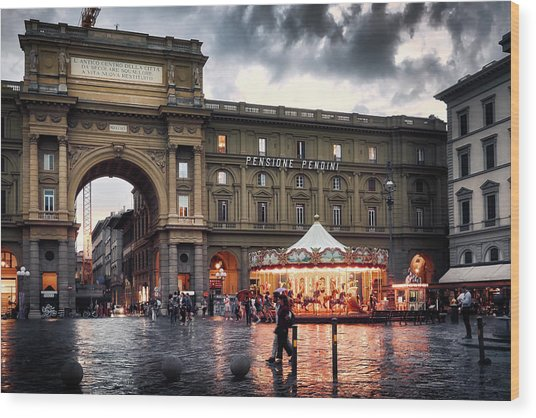 Republic Square In The City Of Florence Wood Print