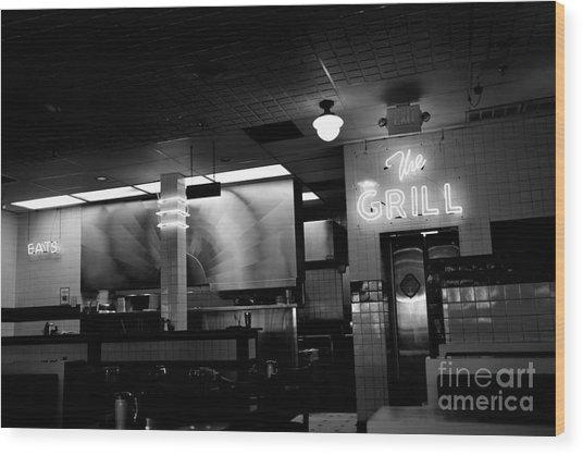 Retro Diner In Athens, Georgia -black And White Wood Print