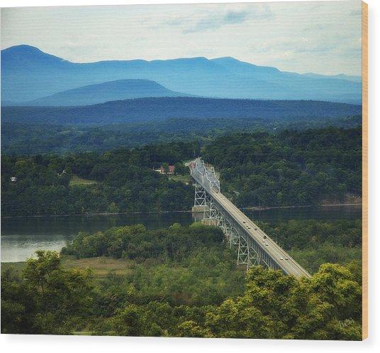 Rip Van Winkle Bridge Wood Print