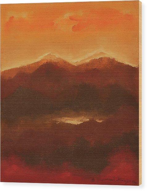 River Mountain View Wood Print