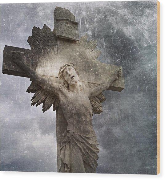 Riverside Cemetery Cross Wood Print