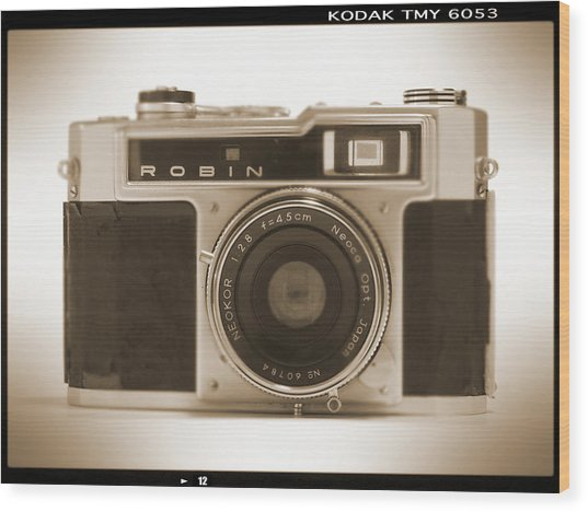 Robin 35mm Rangefinder Camera Wood Print
