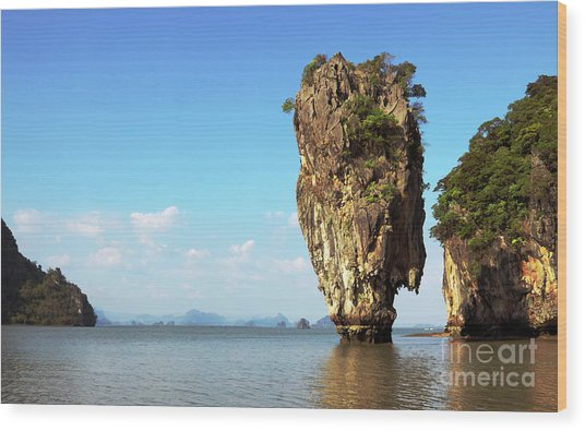 Rock Outcrops In Thailand Wood Print