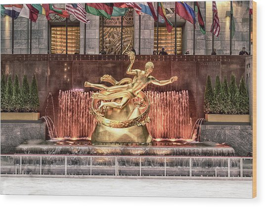 Rockefeller Center Wood Print
