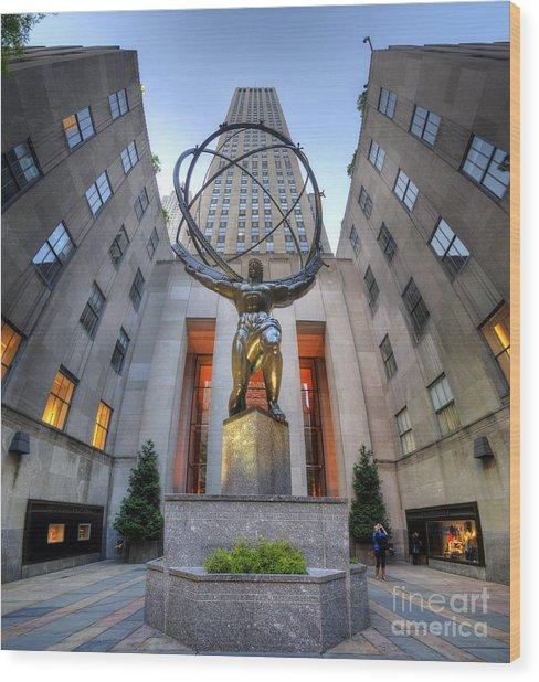 Rockefeller Centre Atlas - Nyc - Vertorama Wood Print
