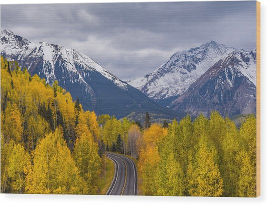 Rocky Mountain Hwy Wood Print