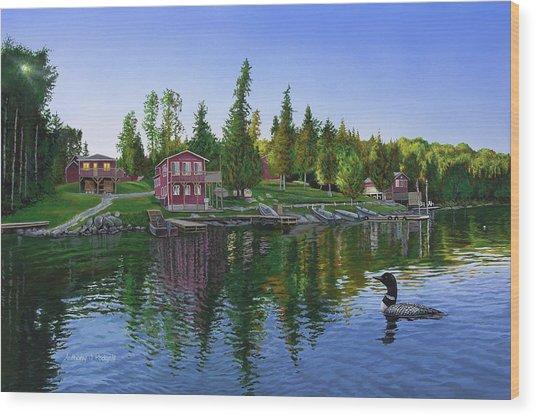 Rocky Shore Lodge Wood Print