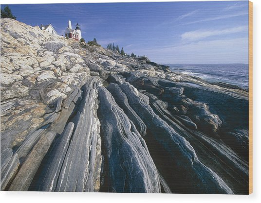 Rocky Shoreline With A Lighthouse Pemaquid Point Maine Wood Print by George Oze